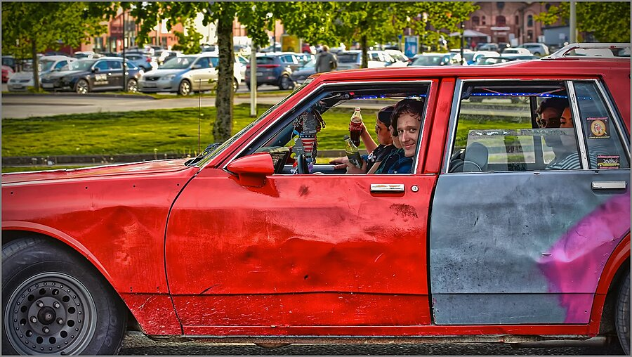 Young People in Old Cars ... | NIKKOR AF-S 70-200MM F/4G ED VR <br> Click image for more details, Click <b>X</b> on top right of image to close